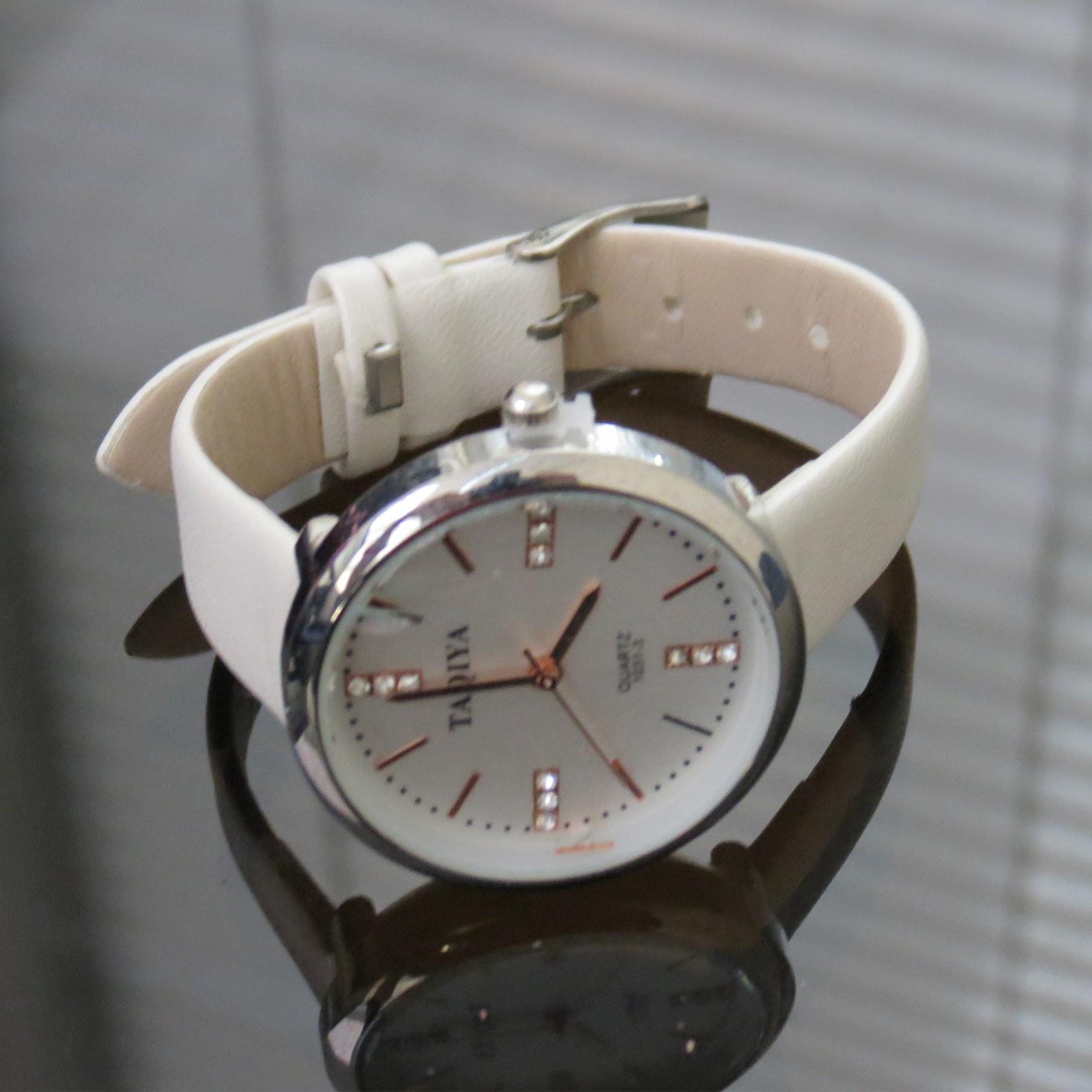 خرید و قیمت                       ساعت مچی  زنانه تاکیا کد 3-1031