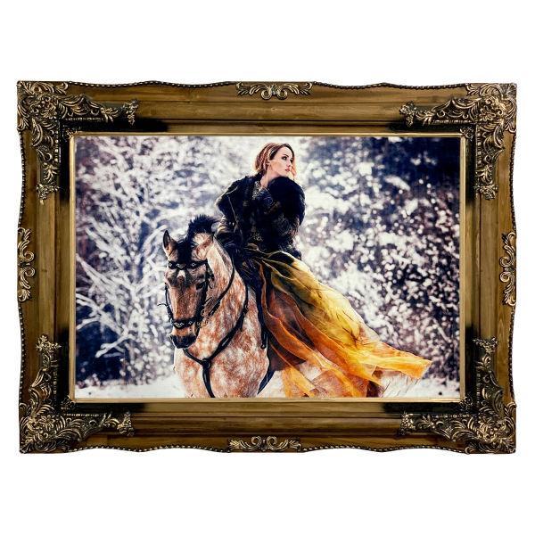 تابلو فرش ماشینی طرح دستبافت مدل زن اسب سوار کد 7426