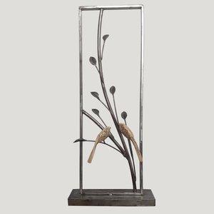 مجسمه مدل پرنده و شاخه درخت